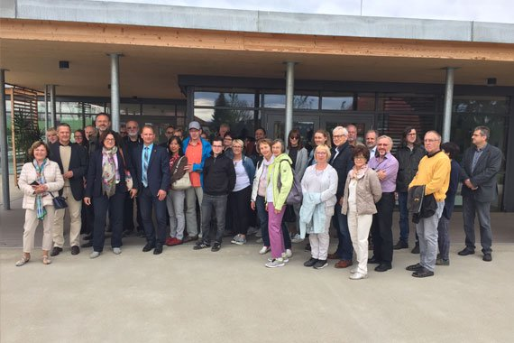 Ein Gruppenfoto der Yamakawa Architektouren
